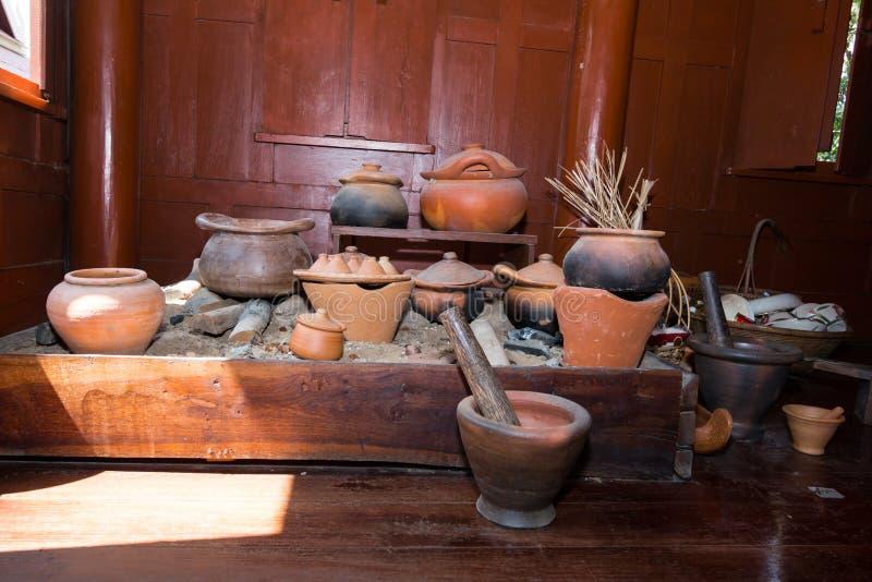 Παραδοσιακή κοινή ταϊλανδική κουζίνα στοκ φωτογραφία με δικαίωμα ελεύθερης χρήσης