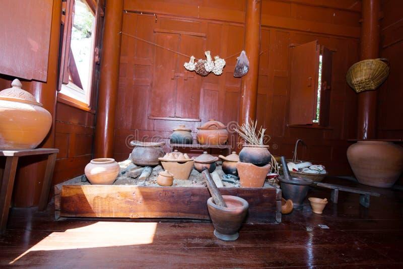 Παραδοσιακή κοινή ταϊλανδική κουζίνα στοκ εικόνες