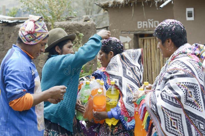 Παραδοσιακή Quechua γαμήλια τελετή στοκ εικόνες