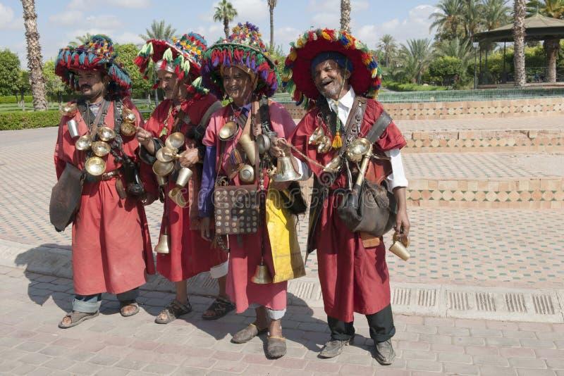Παραδοσιακοί πωλητές νερού στο Μαρακές στοκ εικόνες