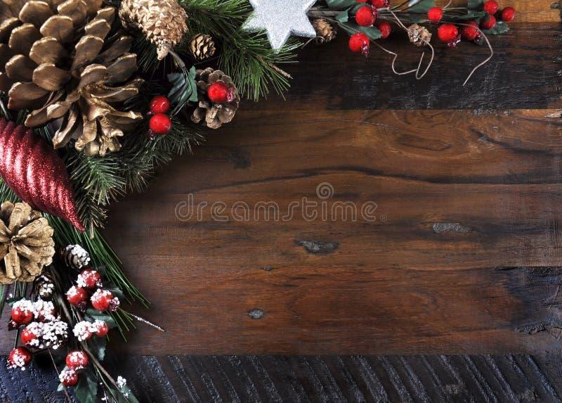 Παραδοσιακός καλές διακοπές και υπόβαθρο Χριστουγέννων στοκ εικόνες με δικαίωμα ελεύθερης χρήσης