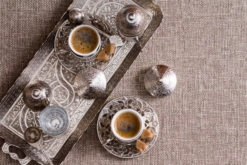 Παραδοσιακός τουρκικός καφές για δύο στοκ εικόνες με δικαίωμα ελεύθερης χρήσης