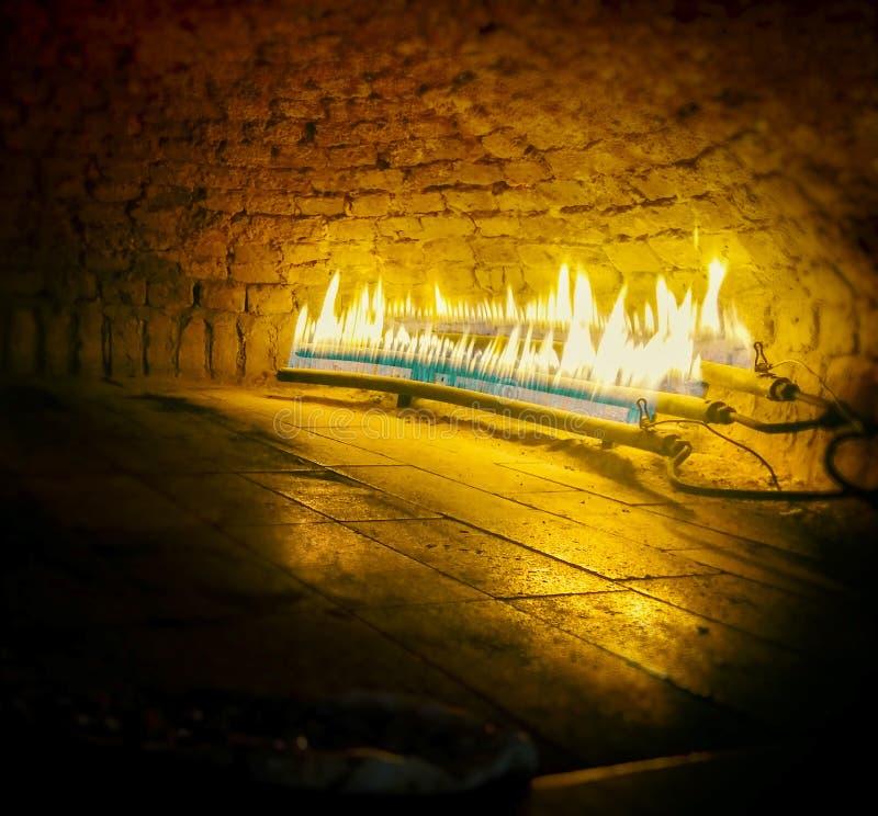 Παραδοσιακός φούρνος πετρών στοκ εικόνα με δικαίωμα ελεύθερης χρήσης