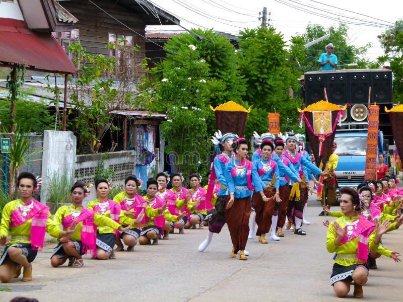 Παραδοσιακό κτύπημα Fai κουλουριών Ταϊλανδικοί παράδοση και πολιτισμός στοκ φωτογραφία με δικαίωμα ελεύθερης χρήσης