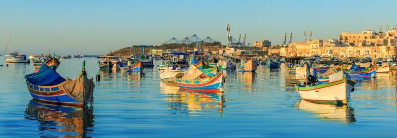 Παραδοσιακό παλαιό ψαροχώρι Marsaxlokk στη Μάλτα στοκ εικόνα με δικαίωμα ελεύθερης χρήσης