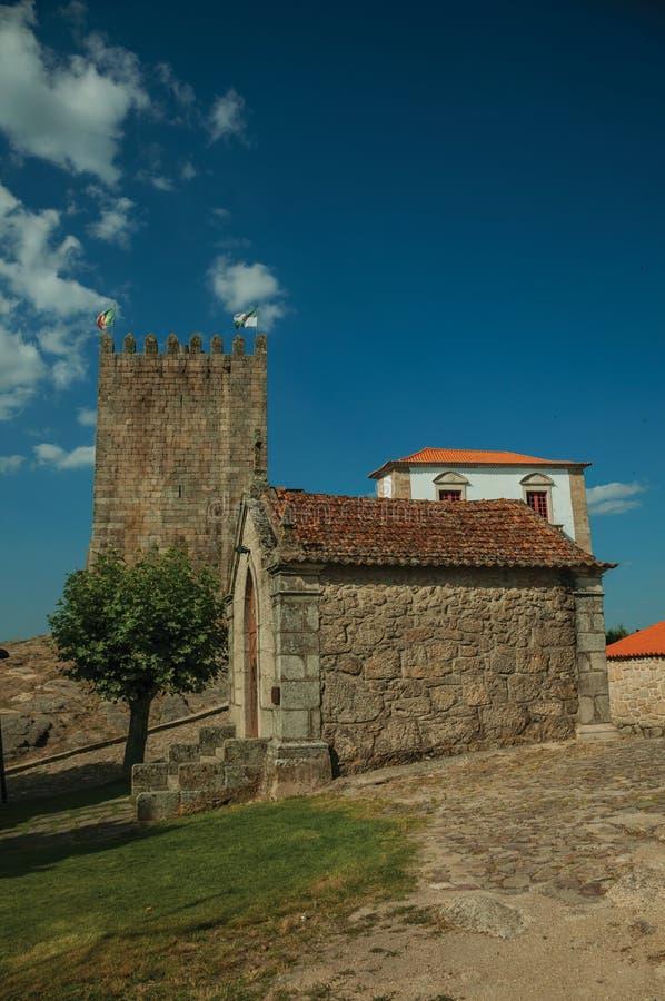 Παρεκκλησια Αγίου Anthony και Calvary με τους τοίχους πετρών στοκ φωτογραφία με δικαίωμα ελεύθερης χρήσης