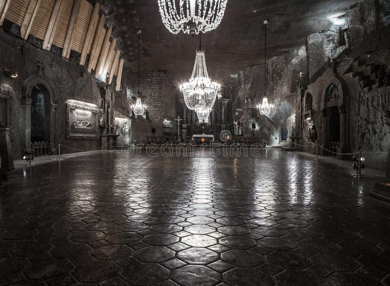 Παρεκκλησι του ST Kinga 101 μέτρα υπόγεια στο αλατισμένο ορυχείο Wieliczka στοκ φωτογραφία