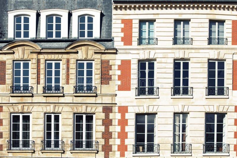 Παρισινή αρχιτεκτονική στοκ εικόνα με δικαίωμα ελεύθερης χρήσης
