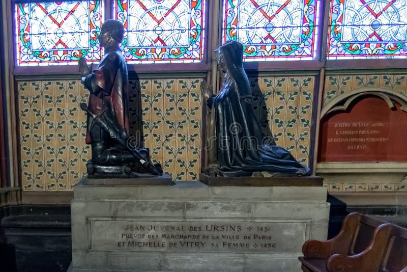 ΠΑΡΙΣΙ, ΓΑΛΛΙΑ, στις 23 Απριλίου 2016 Εσωτερικό λεπτομερειών του καθεδρικού ναού της Notre Dame στοκ εικόνα