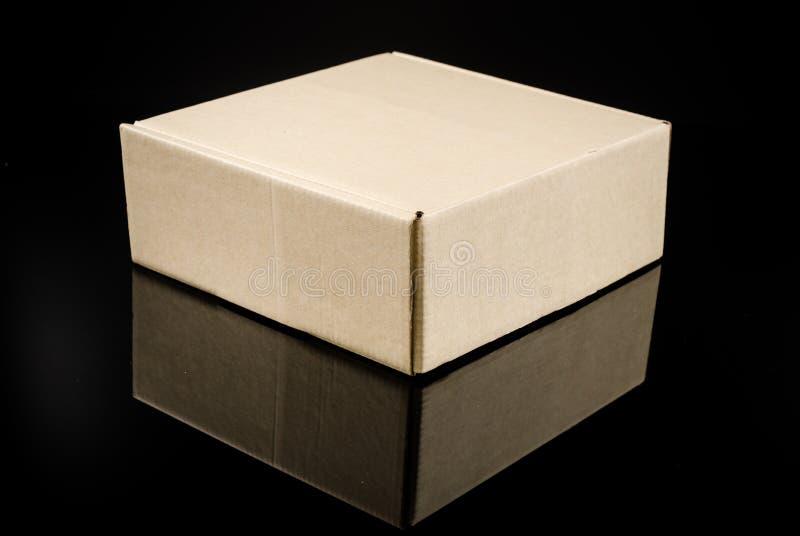 παρόν κουτί από χαρτόνι στοκ φωτογραφίες με δικαίωμα ελεύθερης χρήσης