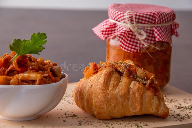Παστωμένη μελιτζάνα με το ψωμί στοκ φωτογραφίες με δικαίωμα ελεύθερης χρήσης
