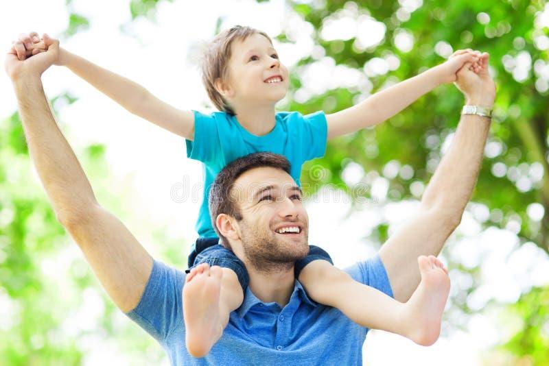 Πατέρας και γιος στοκ εικόνα