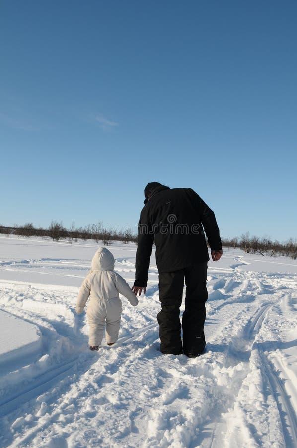 πατέρας κορών δικοί του στοκ φωτογραφία με δικαίωμα ελεύθερης χρήσης