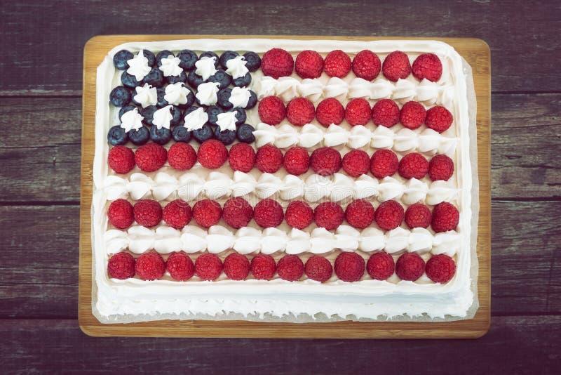 Πατριωτικοί, κόκκινοι άσπρος και μπλε, κέικ αμερικανικών σημαιών στοκ εικόνα