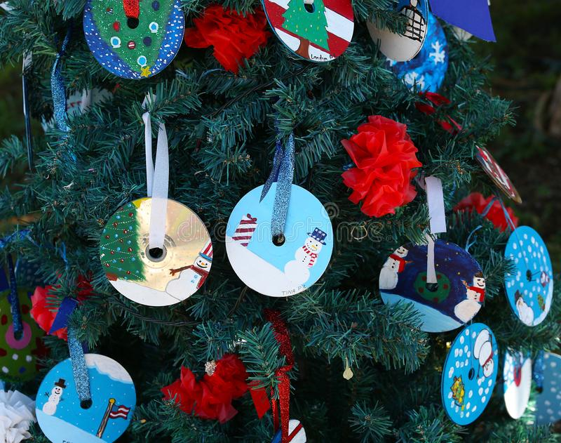 Πατριωτικό χριστουγεννιάτικο δέντρο στο οχυρό Myers, Φλώριδα, ΗΠΑ στοκ εικόνες με δικαίωμα ελεύθερης χρήσης