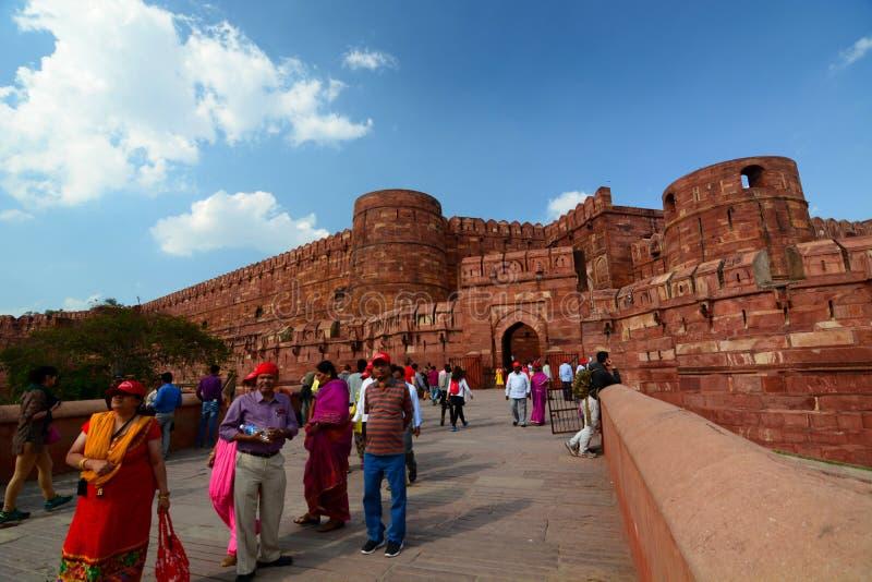παλάτι Βιέννη πυλών εισόδων πανοραμικών πυργίσκων Οχυρό Agra Agra, Ουτάρ Πραντές Ινδία στοκ εικόνες με δικαίωμα ελεύθερης χρήσης