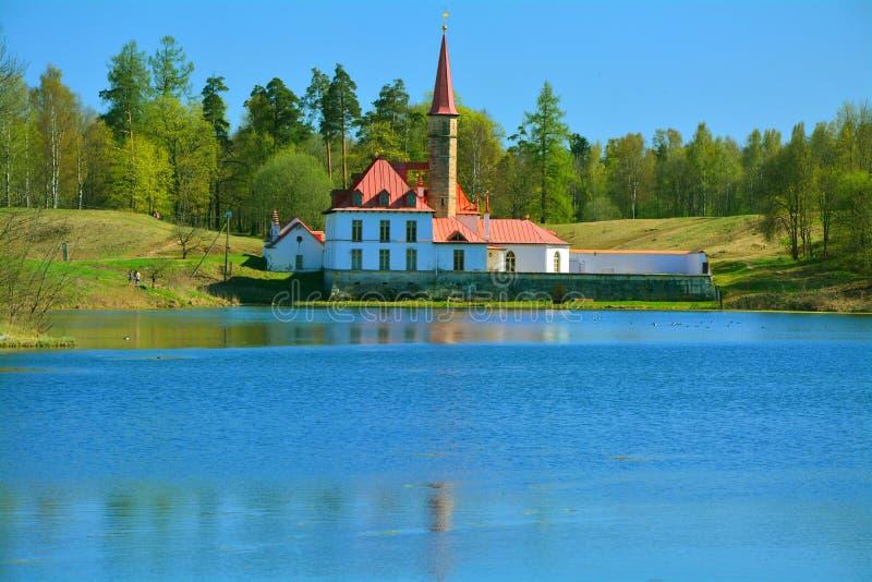 Παλάτι κοινοβίων Γκάτσινα Πετρούπολη Ρωσία ST στοκ φωτογραφίες με δικαίωμα ελεύθερης χρήσης