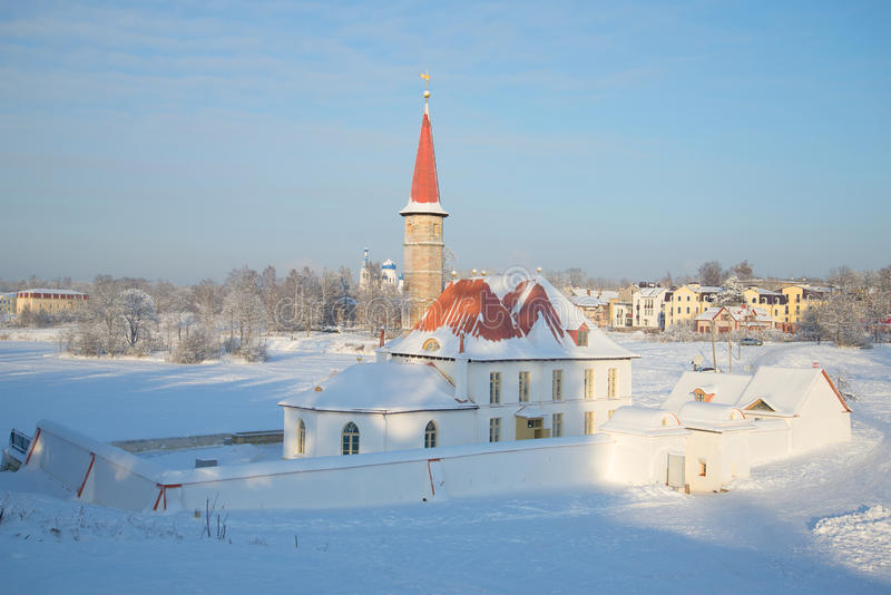 Παλάτι κοινοβίων στη Γκάτσινα, ημέρα Ιανουαρίου Περιοχή του Λένινγκραντ, της Ρωσίας στοκ εικόνες