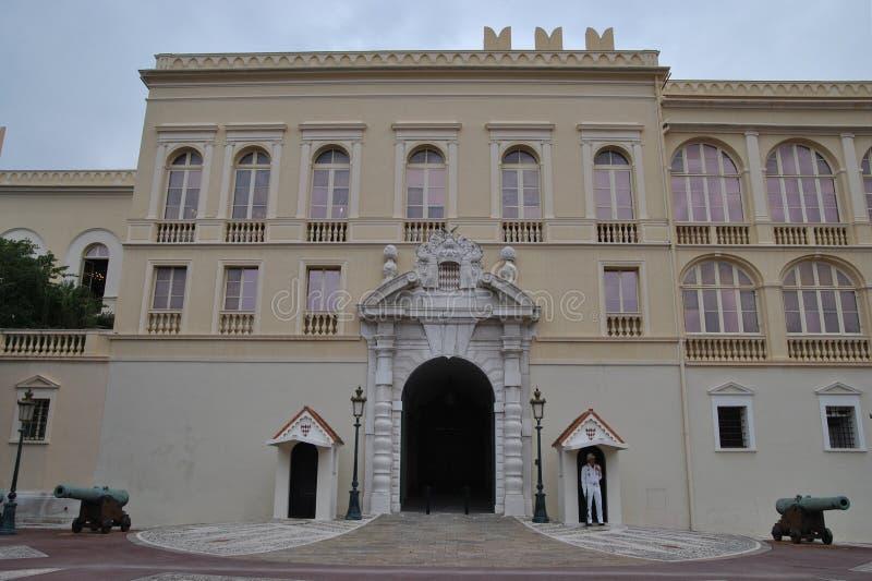 Παλάτι πριγκήπων στο Μονακό στοκ φωτογραφία με δικαίωμα ελεύθερης χρήσης