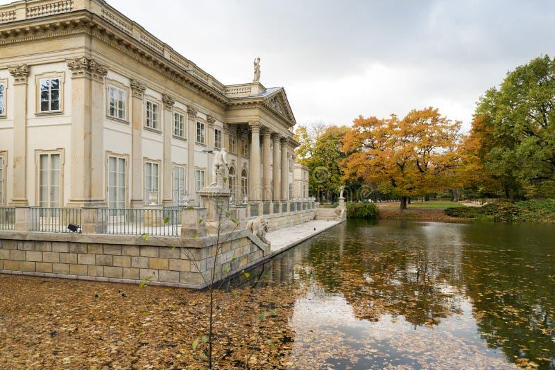 Παλάτι στο ύδωρ στοκ εικόνα με δικαίωμα ελεύθερης χρήσης