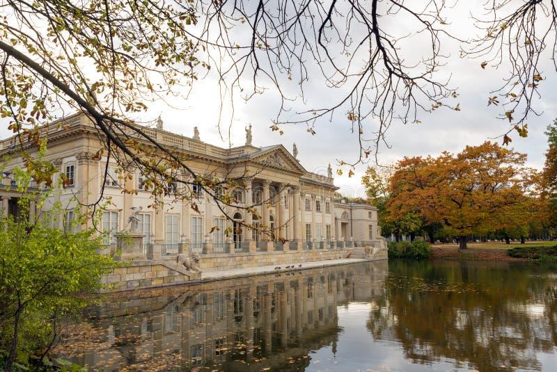 Παλάτι στο ύδωρ στοκ φωτογραφίες