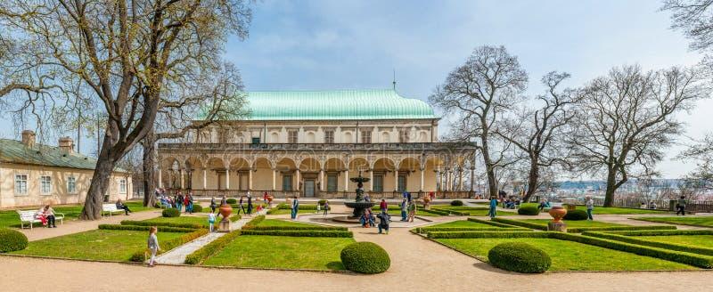 παλάτι της Anne καλοκαίρι βα&si στοκ εικόνες