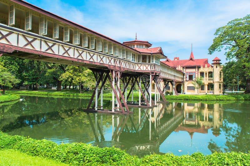 Παλάτι Chandra Sanam, ευρωπαϊκό ύφος κάστρων, του βασιλιά Rama VI σε Nakhon Pathom, Ταϊλάνδη στοκ εικόνες με δικαίωμα ελεύθερης χρήσης