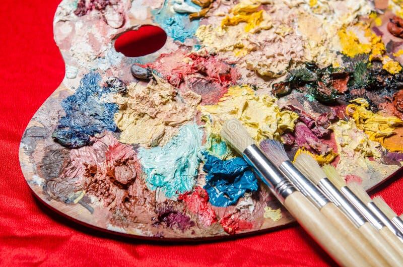 Download Παλέτα καλλιτεχνών στην έννοια τέχνης Στοκ Εικόνες - εικόνα από brunelleschi, χόμπι: 62705270