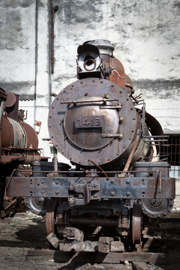 Παλαιά ατμομηχανή ατμού στοκ εικόνα με δικαίωμα ελεύθερης χρήσης