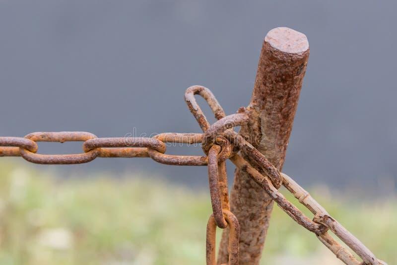Παλαιά αλυσίδα με τη σκουριά στοκ φωτογραφία με δικαίωμα ελεύθερης χρήσης