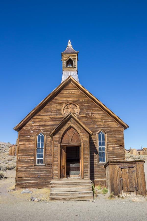 Παλαιά εκκλησία στο εγκαταλειμμένο σώμα πόλεων-φάντασμα στοκ εικόνες