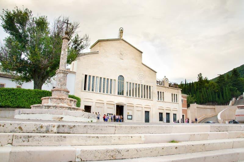Παλαιά εκκλησία SAN Giovanni Rotondo Padre Pio DA Pietralcina στοκ φωτογραφία