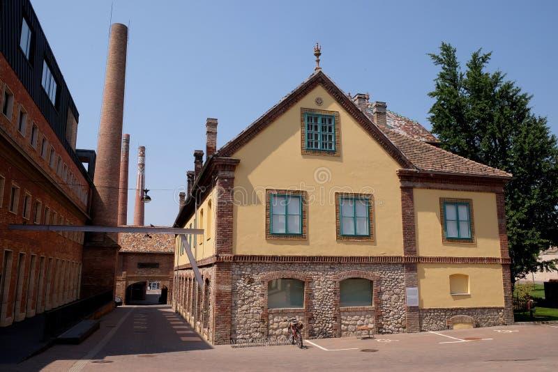 Παλαιά εργοστάσιο και γραφείο Zsolnay που μετατρέπονται στο κέντρο Zsolnay στο Pecs Ουγγαρία στοκ φωτογραφία με δικαίωμα ελεύθερης χρήσης