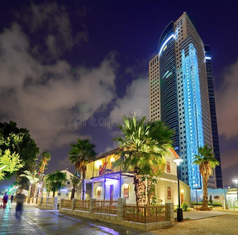 Παλαιά και νέα αρχιτεκτονική στο Τελ Αβίβ στοκ φωτογραφίες