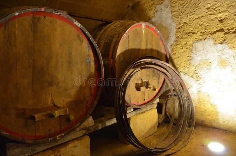 Παλαιά κελάρια κρασιού στοκ εικόνες