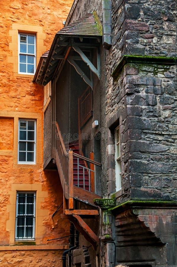 Παλαιά κτήρια του ιστορικού μέρους του Εδιμβούργου στοκ φωτογραφία