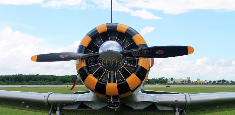 Παλαιά μηχανή πολεμικών αεροσκαφών στοκ φωτογραφίες με δικαίωμα ελεύθερης χρήσης
