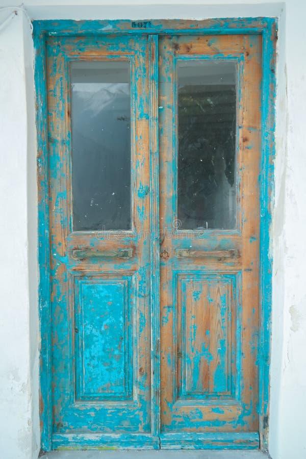 Παλαιά ξύλινη πόρτα της Νίκαιας jpg στοκ εικόνες