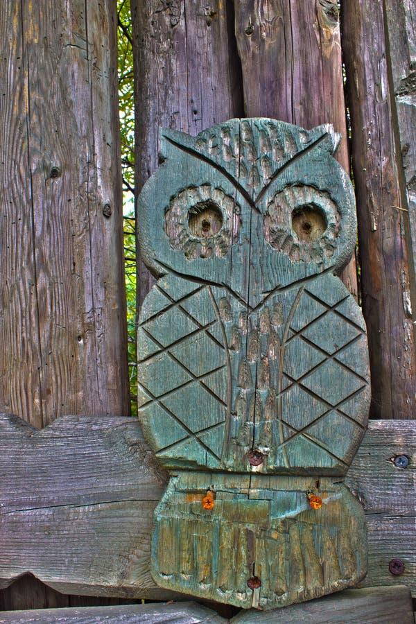 Παλαιά ξύλινη τυποποιημένη κουκουβάγια σε HDR στοκ φωτογραφίες με δικαίωμα ελεύθερης χρήσης