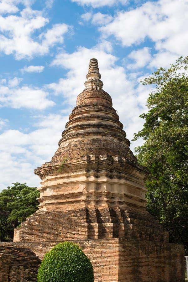 Download Παλαιά παγόδα στο Chiangmai Στοκ Εικόνες - εικόνα από τούβλου, ταϊλάνδη: 62721962
