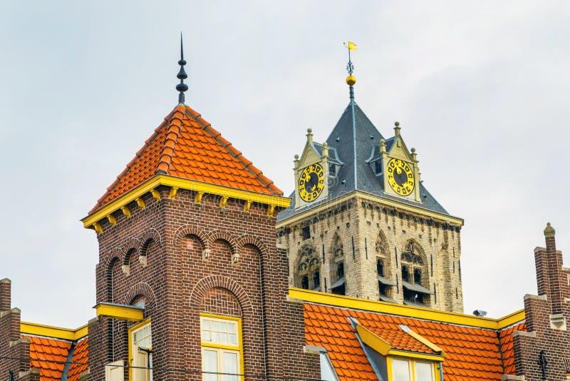 Παλαιά παραδοσιακή ολλανδική κινηματογράφηση σε πρώτο πλάνο σπιτιών στη Χάγη, Ολλανδία στοκ εικόνες