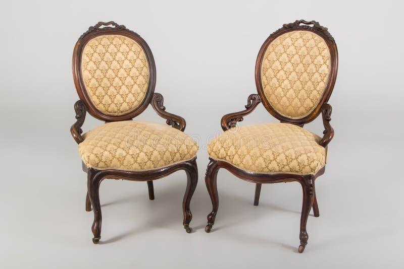 Παλαιά πολυθρόνα δύο στοκ εικόνες με δικαίωμα ελεύθερης χρήσης