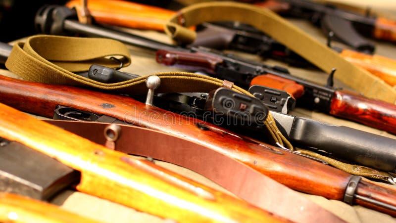 Παλαιά πυροβόλα όπλα τουφεκιών όπλων της ΕΣΣΔ στοκ εικόνα
