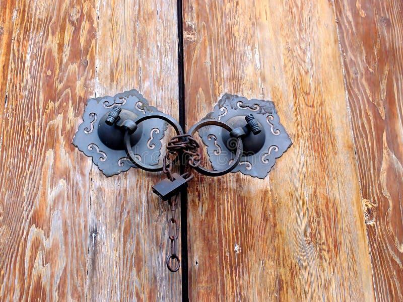 Παλαιά πόρτα της Κίνας στοκ εικόνες