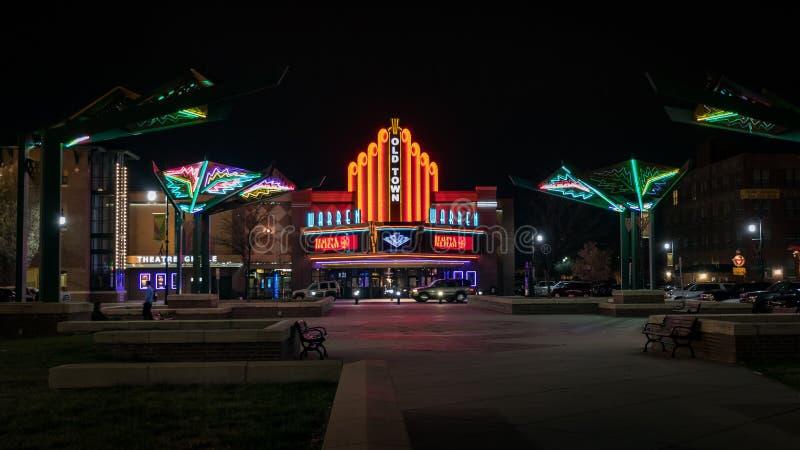 Παλαιά πόλης κινηματογραφική αίθουσα στο Wichita Κάνσας στοκ εικόνα με δικαίωμα ελεύθερης χρήσης