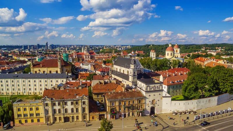 _ Παλαιά πόλη σε Vilnius, Λιθουανία: η πύλη της Dawn στοκ φωτογραφίες
