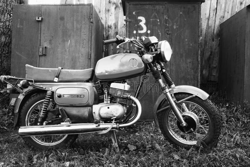 Παλαιά ρωσική σοβιετική γενική μοτοσικλέτα μοτοσικλετών στοκ φωτογραφία με δικαίωμα ελεύθερης χρήσης