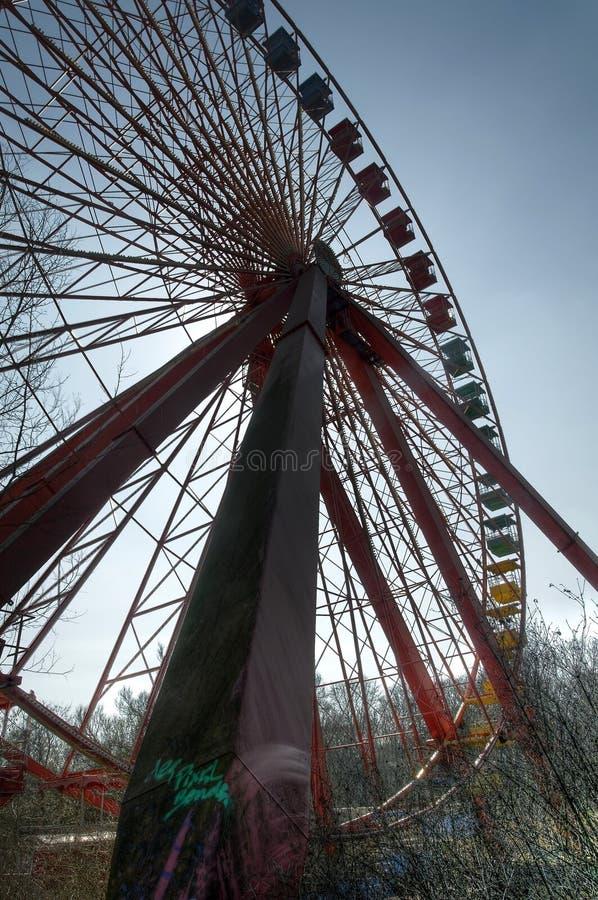 Παλαιά ρόδα Ferris στοκ φωτογραφία