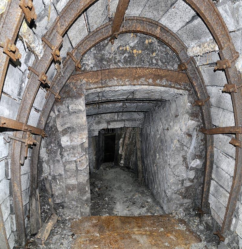 παλαιά σήραγγα ορυχείων στοκ φωτογραφίες με δικαίωμα ελεύθερης χρήσης