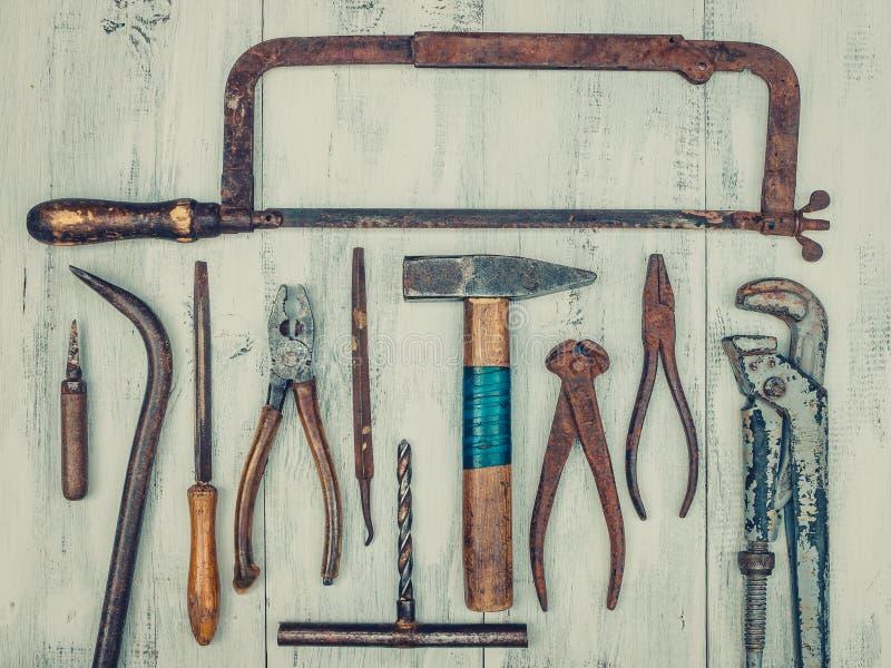 παλαιά σκουριασμένα εργαλεία στοκ εικόνες